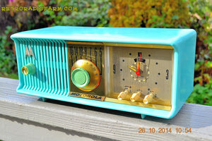SOLD! - Nov 28, 2014 - VIVID Turquoise Retro Jetsons 1957 Motorola 57CC Tube AM Clock Radio WORKS! , Vintage Radio - Motorola, Retro Radio Farm  - 2