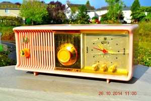 SOLD! - Nov 28, 2014 - PINK PUSSYCAT Retro Jetsons 1957 Motorola 57CC Tube AM Clock Radio WORKS! , Vintage Radio - Motorola, Retro Radio Farm  - 5