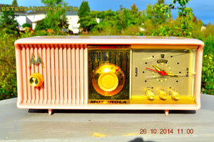 SOLD! - Nov 28, 2014 - PINK PUSSYCAT Retro Jetsons 1957 Motorola 57CC Tube AM Clock Radio WORKS! , Vintage Radio - Motorola, Retro Radio Farm  - 3