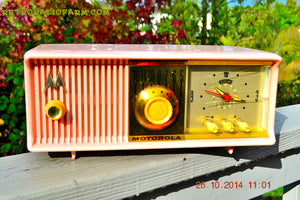 SOLD! - Nov 28, 2014 - PINK PUSSYCAT Retro Jetsons 1957 Motorola 57CC Tube AM Clock Radio WORKS! , Vintage Radio - Motorola, Retro Radio Farm  - 2