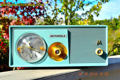 SOLD! - Dec 9, 2014 - BABY BLUE Retro Jetsons 1957 Motorola 5C14CW Tube AM Clock Radio WORKS! , Vintage Radio - Motorola, Retro Radio Farm  - 3