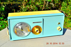 SOLD! - Dec 9, 2014 - BABY BLUE Retro Jetsons 1957 Motorola 5C14CW Tube AM Clock Radio WORKS! , Vintage Radio - Motorola, Retro Radio Farm  - 7