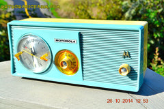 SOLD! - Dec 9, 2014 - BABY BLUE Retro Jetsons 1957 Motorola 5C14CW Tube AM Clock Radio WORKS! , Vintage Radio - Motorola, Retro Radio Farm  - 4
