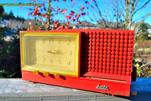 Load image into Gallery viewer, SOLD! - Dec 6, 2014 - CORAL PINK Retro Jetsons Vintage 1958 Arvin Model 5578 AM Tube Clock Radio WORKS! - [product_type} - Arvin - Retro Radio Farm