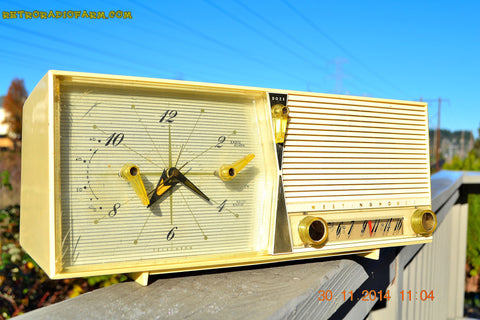 SOLD! - Dec 30, 2014 - IVORY Retro Jetsons Vintage 1958 Westinghouse Model 645T6 AM Tube Clock Radio WORKS!
