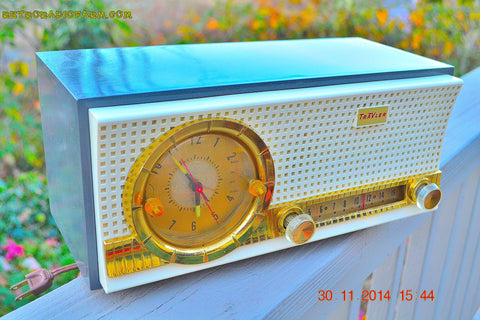 SOLD! - Dec 17, 2014 - CHARCOAL Retro Jetsons Vintage 1957 Travler Model 50C323 AM Tube Clock Radio WORKS!