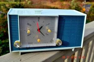 SOLD! - March 24, 2015 - POWDER BLUE TUXEDO Retro Jetsons Vintage 1961 RCA Model RHD21A Tube Clock Radio Totally Restored! , Vintage Radio - RCA Victor, Retro Radio Farm  - 4