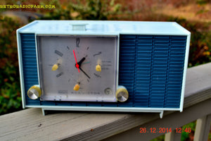 SOLD! - March 24, 2015 - POWDER BLUE TUXEDO Retro Jetsons Vintage 1961 RCA Model RHD21A Tube Clock Radio Totally Restored! , Vintage Radio - RCA Victor, Retro Radio Farm  - 3