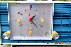 SOLD! - March 24, 2015 - POWDER BLUE TUXEDO Retro Jetsons Vintage 1961 RCA Model RHD21A Tube Clock Radio Totally Restored! , Vintage Radio - RCA Victor, Retro Radio Farm  - 6