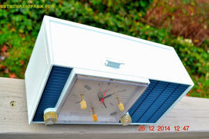 SOLD! - March 24, 2015 - POWDER BLUE TUXEDO Retro Jetsons Vintage 1961 RCA Model RHD21A Tube Clock Radio Totally Restored! , Vintage Radio - RCA Victor, Retro Radio Farm  - 7