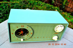 SOLD! - Dec 30, 2014 - PEA GREEN FANTASY Vintage 1955 Admiral 4E3A AM Tube Clock Radio Works! , Vintage Radio - Admiral, Retro Radio Farm  - 8