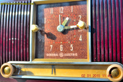 SOLD! - Jan 19, 2015 - SVELTE Burgundy General Electric Model 543 Retro AM Clock Radio Works! , Vintage Radio - General Electric, Retro Radio Farm  - 5