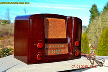 Load image into Gallery viewer, SOLD! - Oct 17, 2015 - ART DECO 1948 Stromberg Carlson Model 1204 AM/FM Brown Swirly Marbled Bakelite Tube Radio Totally Restored! , Vintage Radio - Stromberg Carlson, Retro Radio Farm  - 3