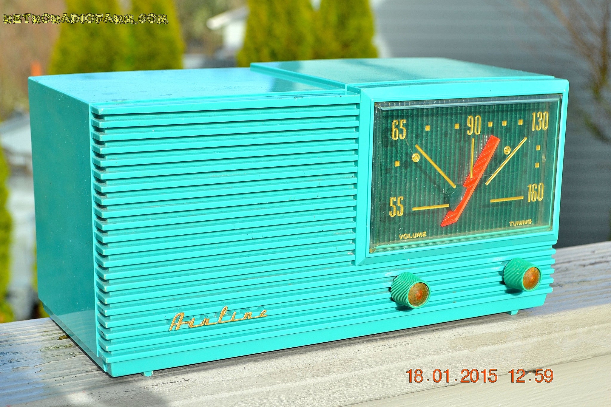 SOLD! - March 22, 2015 - MID CENTURY MARVEL Retro Jetsons Vintage Turquoise 1959 Airline DSE1625A AM Tube Radio Totally Restored! - [product_type} - Airline - Retro Radio Farm