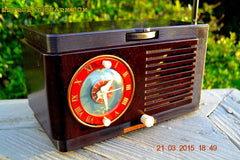 SOLD! - April 19, 2015 - BLUETOOTH MP3 READY - Art Deco 1952 General Electric Model 66 AM Brown Bakelite Tube Clock Radio Totally Restored! , Vintage Radio - General Electric, Retro Radio Farm  - 3
