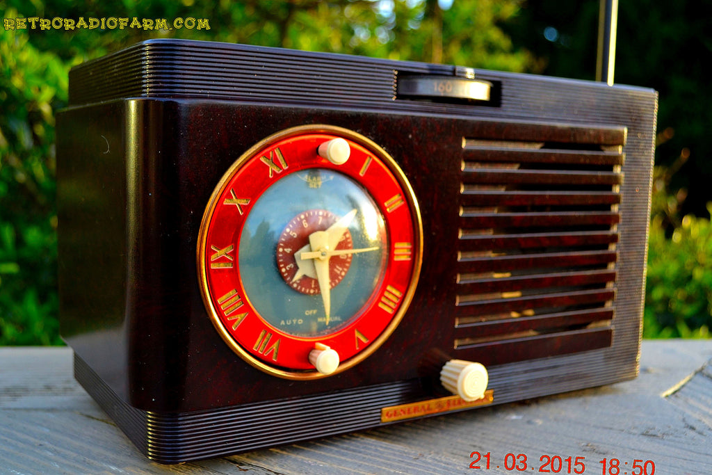 SOLD! - April 19, 2015 - BLUETOOTH MP3 READY - Art Deco 1952 General Electric Model 66 AM Brown Bakelite Tube Clock Radio Totally Restored! , Vintage Radio - General Electric, Retro Radio Farm  - 1