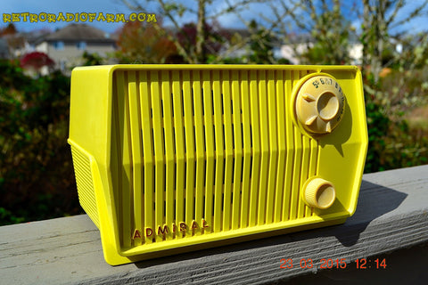 SOLD! - Dec 7, 2015 - BLUETOOTH MP3 READY - HARVEST YELLOW Mid Century Retro Jetsons Vintage 1959 Emerson Model 4L26A Tube Radio Totally Restored!