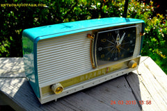 SOLD! - Sept 12, 2015 - AQUA and White Retro Jetsons 1956 RCA Victor 9-C-7LE Tube AM Clock Radio Totally Restored! , Vintage Radio - RCA Victor, Retro Radio Farm  - 4