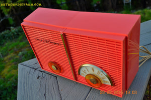 SOLD! - June 6, 2015 - BLUETOOTH MP3 READY - WACKY LOOKING Salmon Pink Retro Jetsons Vintage 1957 Philco G826-124 AM Tube Radio WORKS! , Vintage Radio - Philco, Retro Radio Farm  - 8