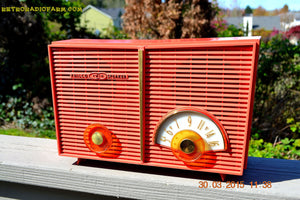 SOLD! - June 6, 2015 - BLUETOOTH MP3 READY - WACKY LOOKING Salmon Pink Retro Jetsons Vintage 1957 Philco G826-124 AM Tube Radio WORKS! , Vintage Radio - Philco, Retro Radio Farm  - 6