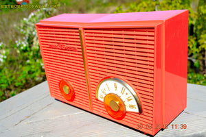 SOLD! - June 6, 2015 - BLUETOOTH MP3 READY - WACKY LOOKING Salmon Pink Retro Jetsons Vintage 1957 Philco G826-124 AM Tube Radio WORKS! , Vintage Radio - Philco, Retro Radio Farm  - 7