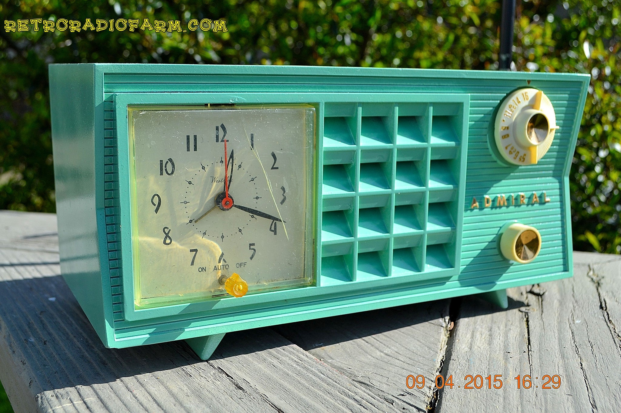SOLD! - May 2, 2015 - PISTACHIO GREEN Retro Jetsons Mid Century Vintage 1955 Admiral Model 251 AM Tube Radio Totally Restored! , Vintage Radio - Admiral, Retro Radio Farm  - 1