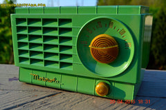 SOLD! - Mar 3, 2016 - LIME GREEN 1948 Retro Vintage Art Deco Motorola Model 58R15 Bakelite AM Tube AM Radio Totally Restored! , Vintage Radio - Motorola, Retro Radio Farm  - 6