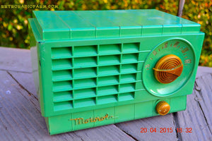 SOLD! - Mar 3, 2016 - LIME GREEN 1948 Retro Vintage Art Deco Motorola Model 58R15 Bakelite AM Tube AM Radio Totally Restored! , Vintage Radio - Motorola, Retro Radio Farm  - 4