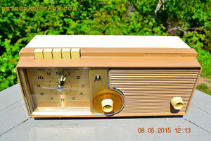 SOLD! - Oct 1, 2015 - VERY BRADY BROWN Retro Jetsons 1962 Motorola 5C16NW Tube AM Clock Radio Works! - [product_type} - Motorola - Retro Radio Farm