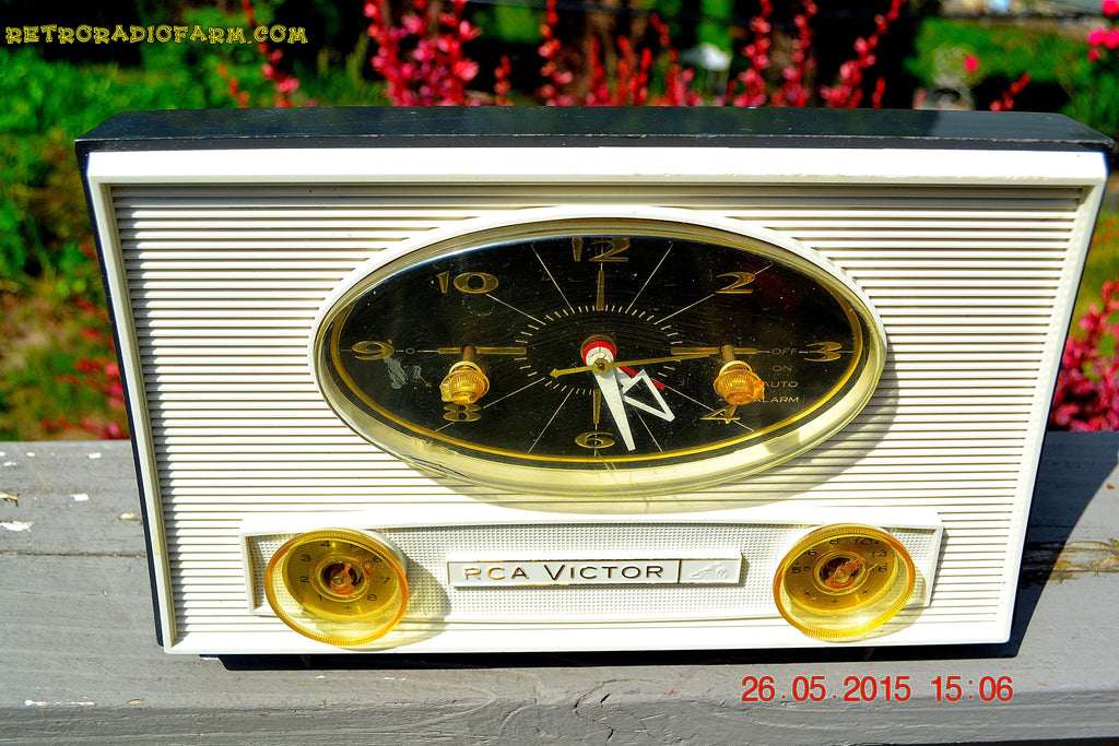 SOLD! - Aug 5, 2015 - Charcoal Grey Retro Jetsons Vintage 1959 RCA Victor Model 1-RD-50 AM Tube Clock Radio Totally Restored! , Vintage Radio - RCA Victor, Retro Radio Farm  - 1