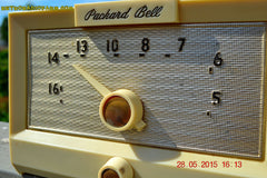 SOLD! - Sept 17, 2015 - IVORY WHITE Retro Jetsons Vintage 1956 Packard Bell 5R1 AM Tube Radio Works! , Vintage Radio - Packard-Bell, Retro Radio Farm  - 8