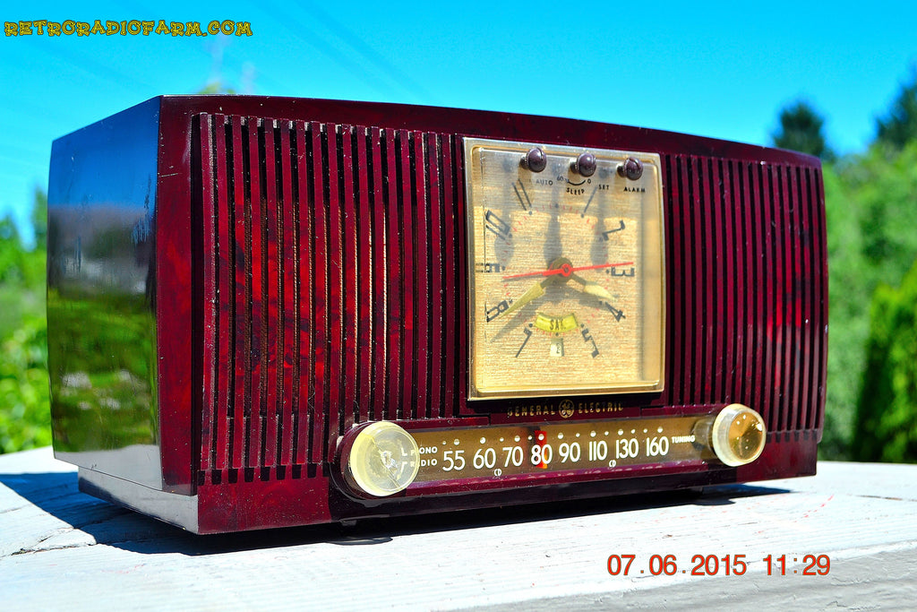 SOLD! - July 28, 2015 - BLUETOOTH MP3 READY Elegant Burgundy 1955 General Electric Model 543 Retro AM Clock Radio Works! , Vintage Radio - General Electric, Retro Radio Farm  - 1