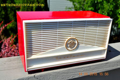 BLUETOOTH MP3 READY - Red and White Mid Century Retro Jetsons 1957 Truetone Model DC2854 Tube AM Radio Works! , Vintage Radio - Truetone, Retro Radio Farm  - 4