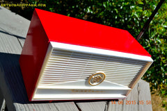 BLUETOOTH MP3 READY - Red and White Mid Century Retro Jetsons 1957 Truetone Model DC2854 Tube AM Radio Works! , Vintage Radio - Truetone, Retro Radio Farm  - 1
