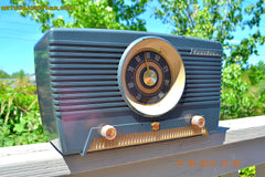 SOLD! - Aug 4, 2015 - GUNMETAL GREEN Mid Century Retro Jetsons 1954 Truetone Model D2637 Tube AM Radio Works! , Vintage Radio - Truetone, Retro Radio Farm  - 5