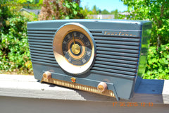 SOLD! - Aug 4, 2015 - GUNMETAL GREEN Mid Century Retro Jetsons 1954 Truetone Model D2637 Tube AM Radio Works! , Vintage Radio - Truetone, Retro Radio Farm  - 3