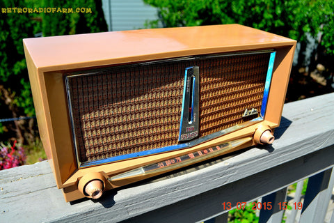 SOLD! - June 16, 2016 - SANDLEWOOD Mid Century Retro Jetsons 1959 Arvin Model 956T Tube AM Radio Works!