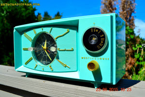 SOLD! - Nov 24, 2015 - BLUETOOTH MP3 READY - Aquamarine Retro Jetsons 1959 Westinghouse Model H671T5 Tube AM Clock Radio Totally Restored! , Vintage Radio - Westinghouse, Retro Radio Farm  - 3
