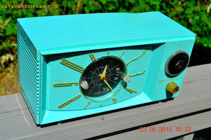 SOLD! - Nov 24, 2015 - BLUETOOTH MP3 READY - Aquamarine Retro Jetsons 1959 Westinghouse Model H671T5 Tube AM Clock Radio Totally Restored! , Vintage Radio - Westinghouse, Retro Radio Farm  - 6