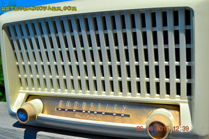 SOLD! - Sept 6, 2015 - BLUETOOTH MP3 READY - Post War Industrial Ivory Retro Deco 1951 Wards Airline Model 15BR-1544A Tube Radio Totally Restored! , Vintage Radio - Airline, Retro Radio Farm  - 10