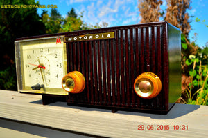SOLD! - Aug 14, 2015 - BLUETOOTH MP3 READY - EXPRESSO Retro Mid Century Jetsons 1956 Motorola 57CE Tube AM Clock Radio Totally Restored! - [product_type} - Motorola - Retro Radio Farm