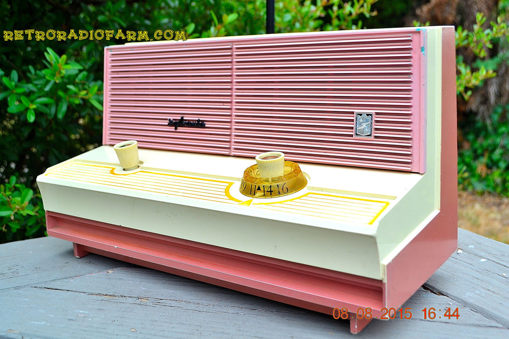 SOLD! - Dec 5, 2015 - BLUETOOTH MP3 READY - DUSTY ROSE METALLIC Mid Century Retro Jetsons Vintage 1960 Sylvania Model 5T18 AM Tube Radio ULTRA RARE! , Vintage Radio - Sylvania, Retro Radio Farm  - 1