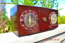 Load image into Gallery viewer, SOLD! - Sept 17, 2015 - STUDIOUS LOOKING Brown Swirly Mid Century Retro 1950 Motorola Model 5C6 Tube AM Clock Radio Works Great!! , Vintage Radio - Motorola, Retro Radio Farm  - 5