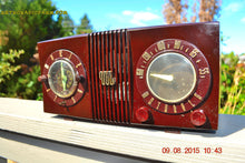 Load image into Gallery viewer, SOLD! - Sept 17, 2015 - STUDIOUS LOOKING Brown Swirly Mid Century Retro 1950 Motorola Model 5C6 Tube AM Clock Radio Works Great!! , Vintage Radio - Motorola, Retro Radio Farm  - 4