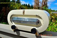 Load image into Gallery viewer, SOLD! - Aug 24, 2015 - CASA BLANCO White Retro Jetsons Vintage 1950 Zenith Consol-Tone Racetrack Model H511W AM Tube Radio WORKS! - [product_type} - Zenith - Retro Radio Farm