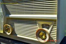 Load image into Gallery viewer, SOLD! - Dec 25, 2015 PAPER WHITE Mid Century Retro Jetsons Vintage 1957 RCA Victor Model 8-C-6E AM Tube Radio Works! - [product_type} - RCA Victor - Retro Radio Farm