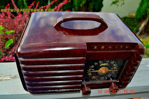 SOLD! - Sept 22, 2015 - GOLDEN AGE Art Deco WWII Era Vintage 1942 Zenith 6D612 AM Tube Radio Sounds Great! , Vintage Radio - Zenith, Retro Radio Farm  - 8