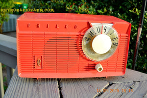 SOLD! - June 4, 2016 - BLUETOOTH MP3 READY - Salmon Pink Retro Mid Century Jetsons Vintage 1958 Philco E-814-124 AM Tube Radio WORKS! , Vintage Radio - Philco, Retro Radio Farm  - 6