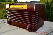 Load image into Gallery viewer, SOLD! - Nov 23, 2015 - BLUETOOTH MP3 READY - Post WWII 1952 Wards Airline Model 05BR-1525C AM Brown Bakelite Tube Radio Totally Restored! - [product_type} - Airline - Retro Radio Farm