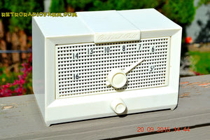 SOLD! - Dec 5, 2016 - BRITE WHITE Mid Century Retro Jetsons Vintage 1956 Packard Bell 5R1 AM Tube Radio Works! - [product_type} - Packard-Bell - Retro Radio Farm
